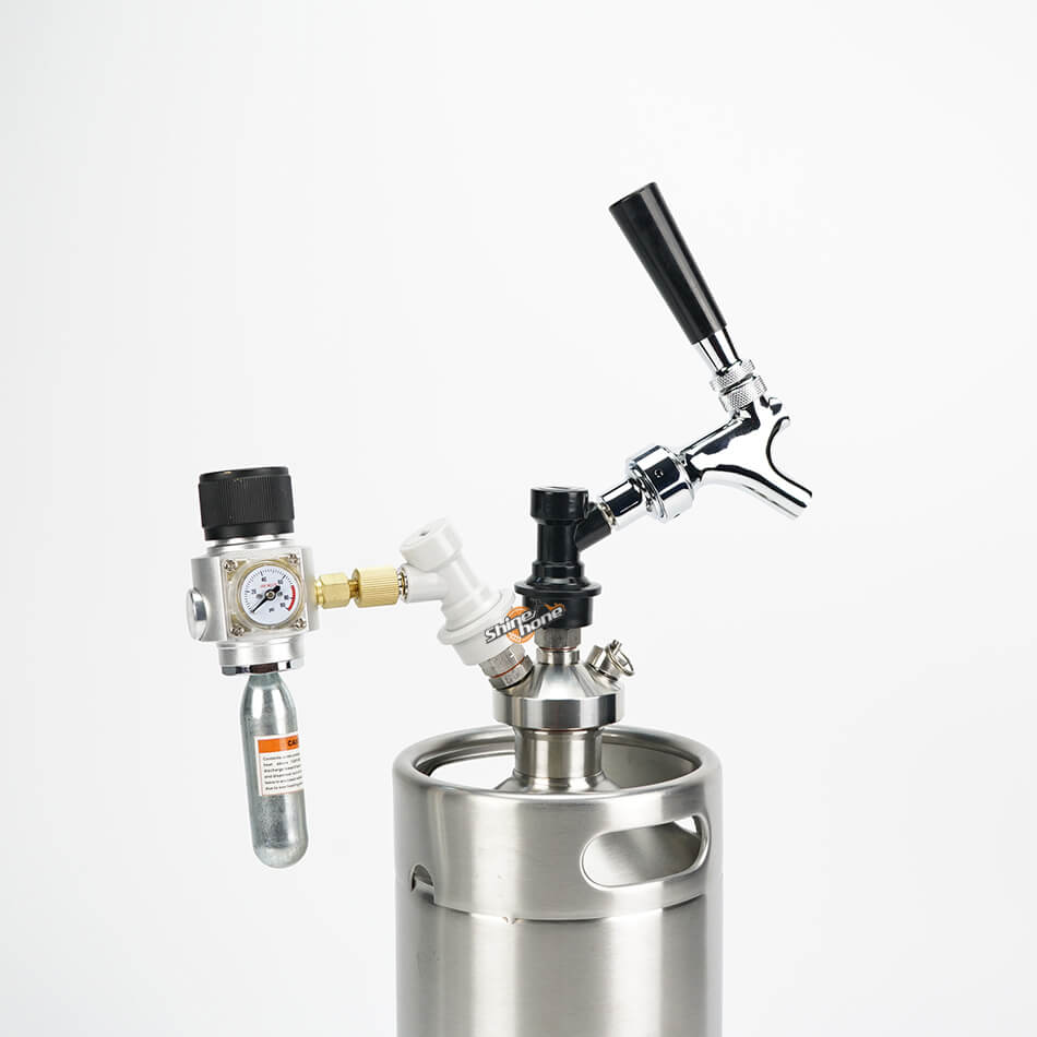 Portable Cornelius Keg Dispense Kit